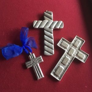 Set of 3 Silver Crosses - 3 sizes Christian Cross